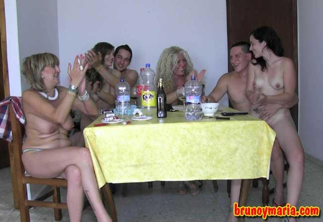 foto de la orgia maduras y jovenes